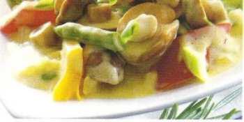 Лесные грибы с мясом и овощами